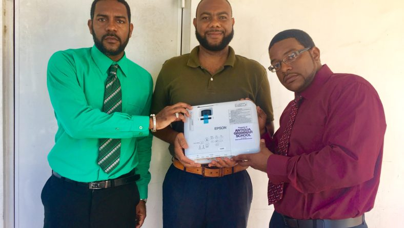 WarDadli SoulJahs donates to former secondary school